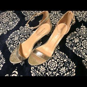 Shoes - Silver kitten heels
